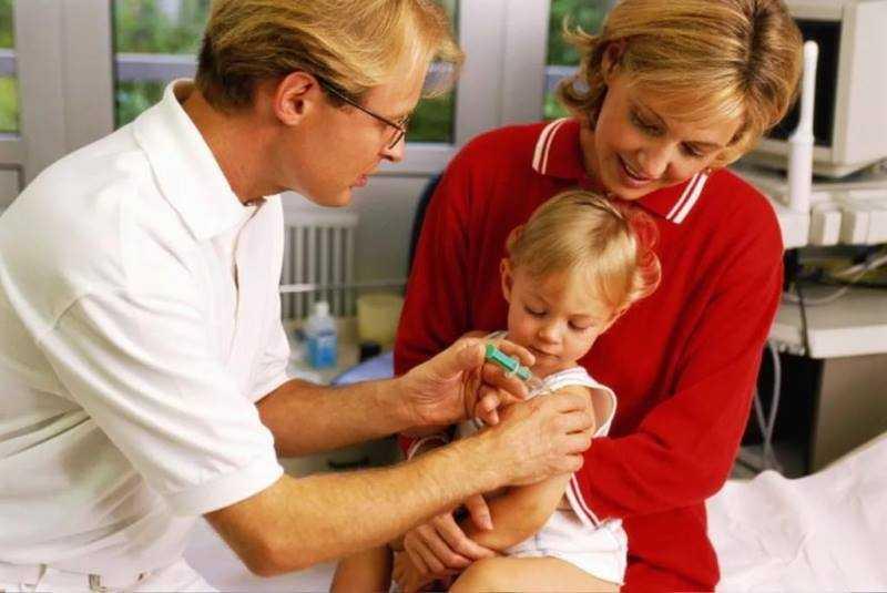 Готовим ребенка к прививкам