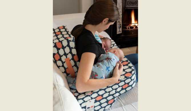 Уход за двойней — советы для мам. уход за близнецами уход за новорожденными двойняшками в третий месяц