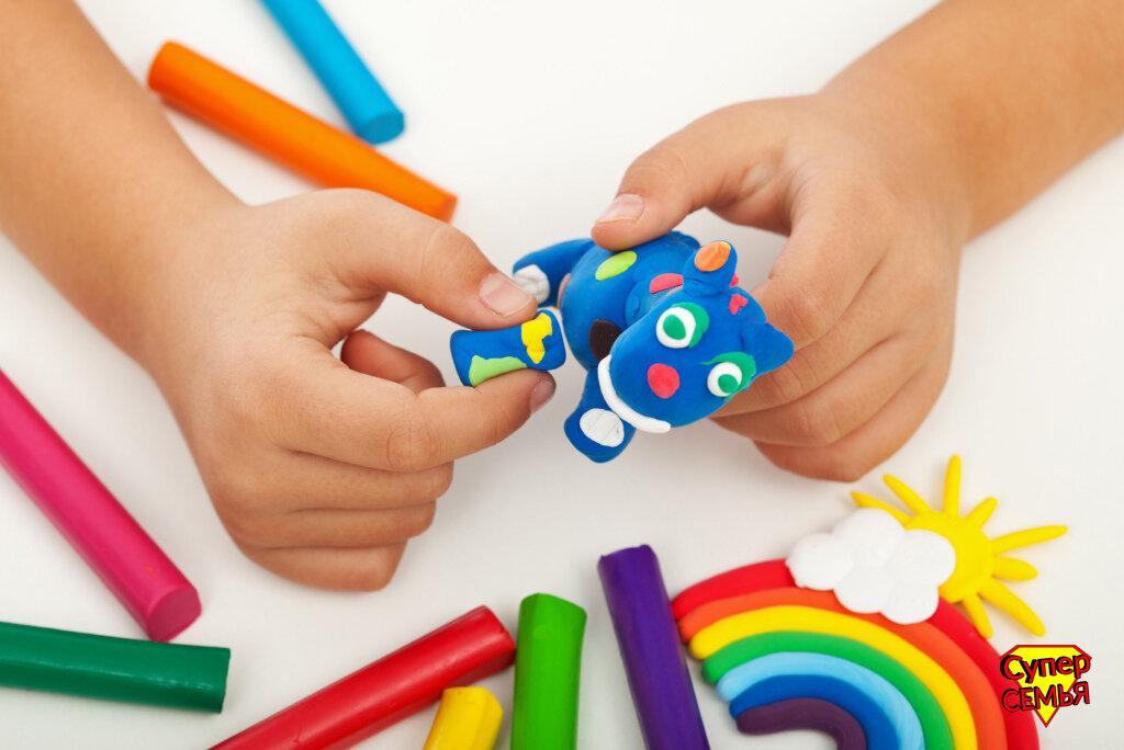 Развитие мелкой моторики рук у детей дошкольного возраста в процессе обучения лепке. курсовая работа (т). педагогика. 2015-05-12