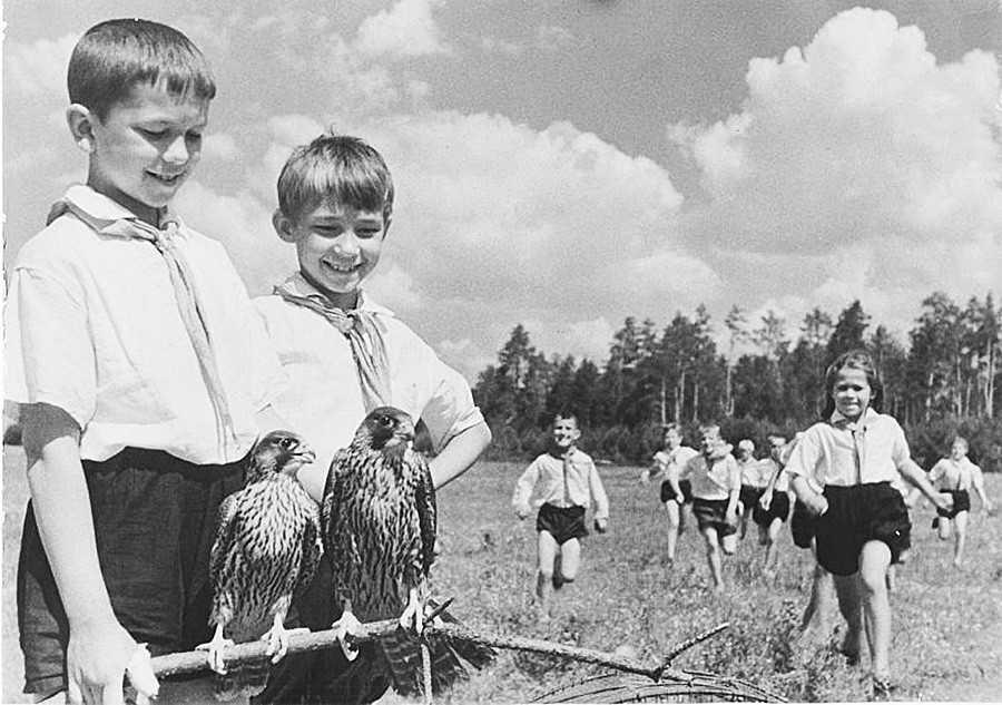 8 качеств советских детей, которые потеряли современные сверстники