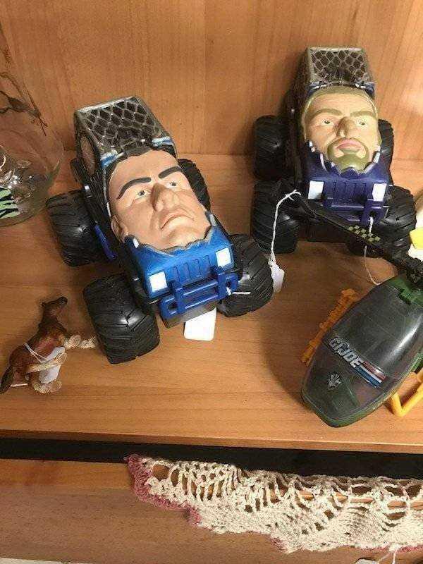 6 странных и забавных вещей, которые мы нашли в квартирах