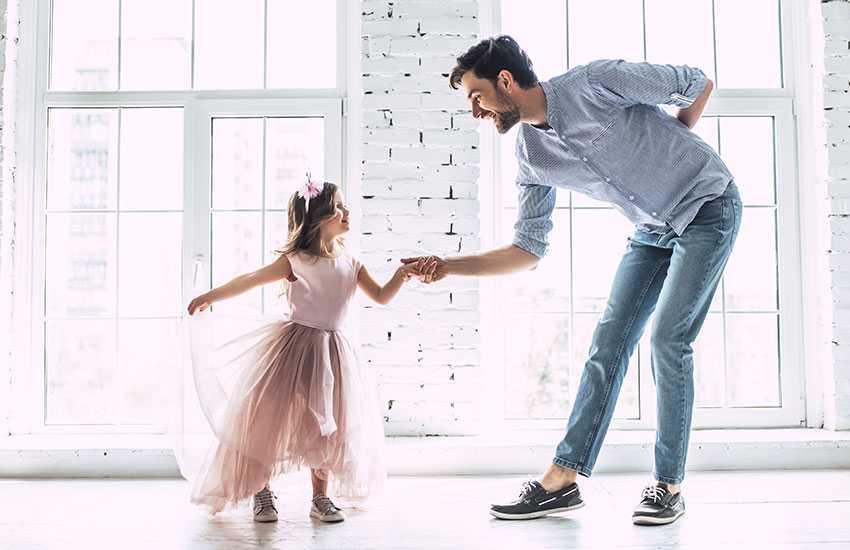 Методы, которые помогут женщине привлечь мужа к воспитанию детей