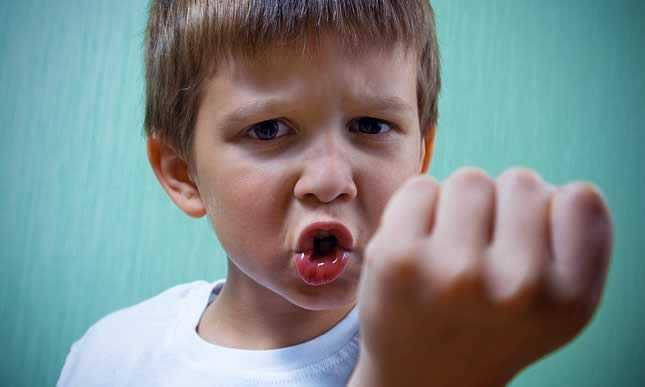 Научите ребенка проигрывать. амбиции родителей и детские неудачи: как воспитать уверенность в себе